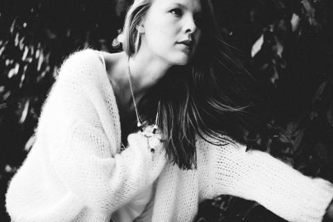 Fashion photographie pour la marque de bijoux Foxy M.A. Portrait Noir et Blanc