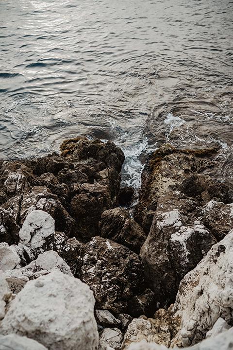 Détails/ Séance photo Grossesse réalisée au bord de mer, Nice.