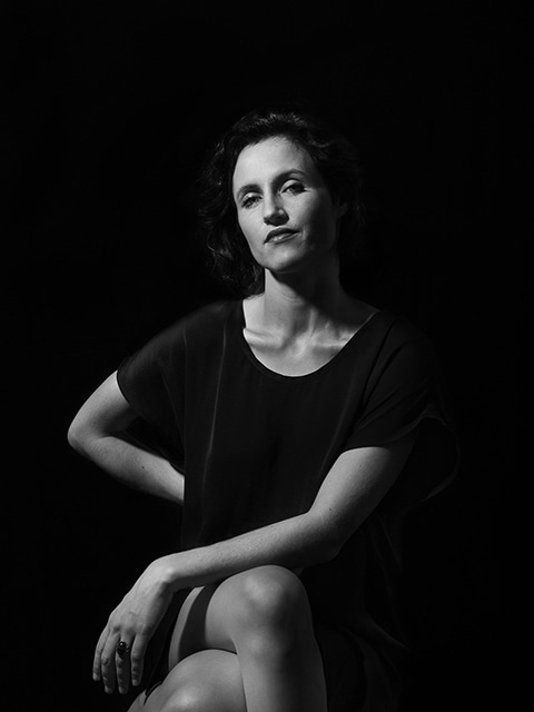 fashion photographie Portrait Studio de la chanteuse  Laura Clauzel Paris